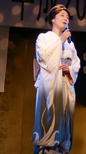 昨年、新潟県民栄誉賞を受賞された小林幸子さんから歌のプレゼント。