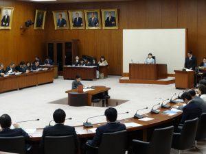 文部科学委員会で下村大臣が答弁