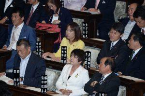 衆議院本会議にて、安倍総理の所信表明演説がありました