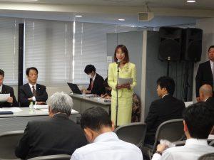 党本部にて全国幹事長会議が開催され、私は司会を務めました。