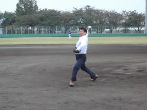 始球式を務められた小島晋さん