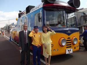 新津鉄道まつり 東京ディズニーリゾートのドリームクルーザーで記念撮影