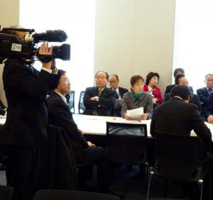 農水部門会議の冒頭、マスコミも取材していました 。