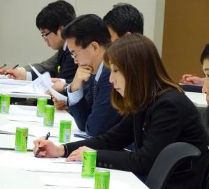大沢教授の詳細なデータに基づく分析はとても勉強になりました。