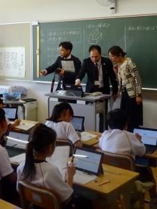 先生のタブレットに生徒の解答状況が反映されます。