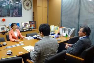 新潟県弁護士会の方々と安保法制について意見交換。違憲法案を廃案に追い込むため力を尽くします。