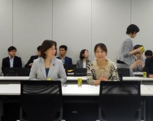 憲法調査会・安全保障総合調査会合同会議に出席。