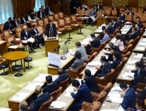 参議院では3日連続NHK中継入りで安保特別委員会が開かれています。