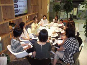 子育て世代のママさん達と、憲法カフェを開催。