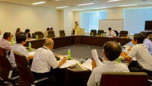 交通運輸政策研究会では、自動車学校の皆さんから業界の課題についてご意見を承りました。