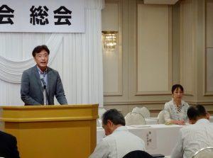 地方を守る会代表世話人の國定三条市長の挨拶
