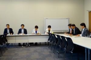 文部科学部門会議が開かれ、文科省から教育課程の基準見直し、道徳教育についてヒアリングしました。