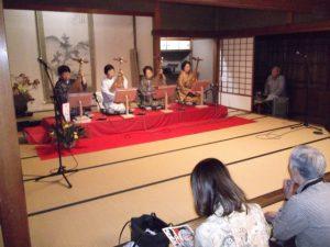 琵琶の素晴らしい音色に感動しました。