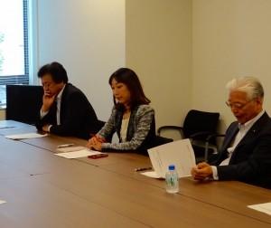 TPPの大筋合意を受け、経済連携調査会が設置され、副会長に就任。