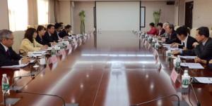中国国際戦略研究基金会と意見交換