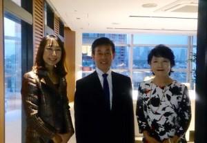 松村理事長ご夫妻と。