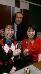 恒例のクリスマス会。吉池の会長と水都家小鶴さんと。