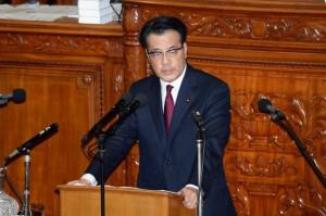 岡田代表による代表質問。