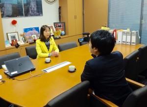地元テレビ局から新潟も1減となる衆議院選挙制度に関する答申について取材を受けました。