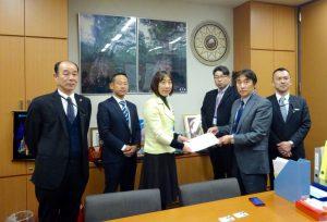 自動車総連新潟地協の皆様から要望を承りました。