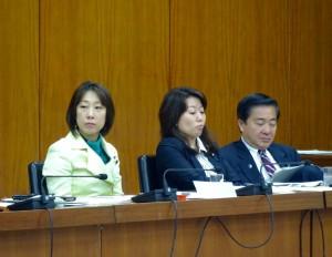 文部科学委員会。大臣所信に対する質疑が5時間行われました。