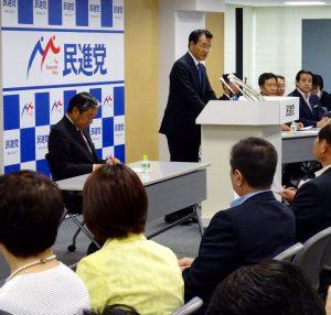 岡田代表の挨拶。