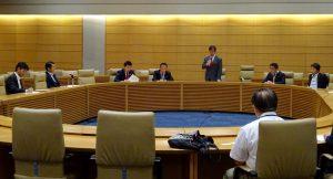 日本郵政の現状と課題を考える意見交換会。