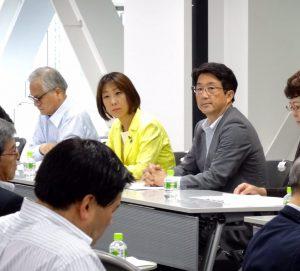全国幹事長選対責任者会議に出席。