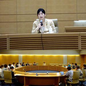 元民主党衆議院議員で精神科医の水島広子さんによる「心の平和から社会の平和へ」と題した講演会が開かれました。
