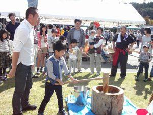 漢学の里で行われた、秋の大感謝祭へ。