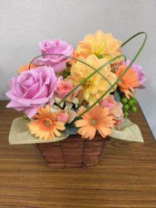 お見舞いに頂いたお花。ありがとうございます。