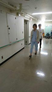 午後は歩く練習。
