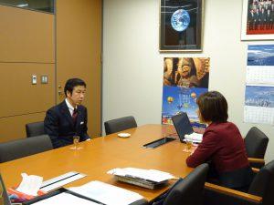 米山県知事がご挨拶にお見えになられました。