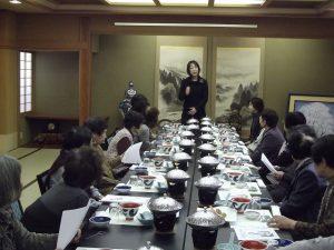 荻川まきこ会の忘年会を開催しました。