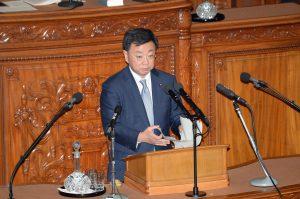 松野文部科学大臣。
