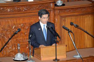 石井国土交通大臣。