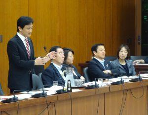 文部科学委員会で同僚の玉木雄一郎議員が加計学園問題について追及。