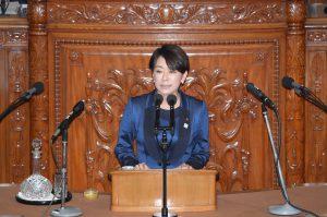 山尾しおり議員による金田法務大臣不信任決議案趣旨弁明。