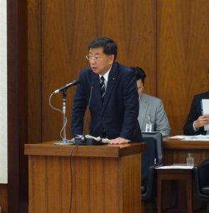松野文科大臣。