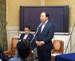 野田幹事長。