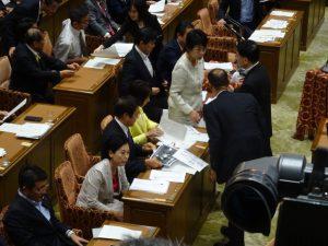 わが党福島議員の配布資料について与党側から抗議