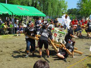 とちお祭り「樽みこし綱引き大会」