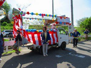 地元に戻って、地域のお祭りに顔出ししました。